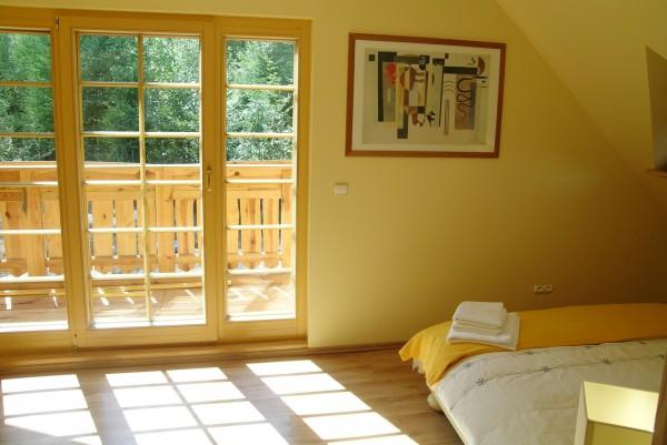 Pokój 2 z balkonem